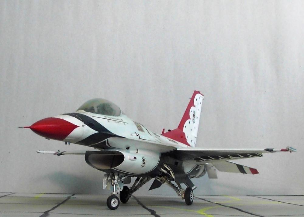 5eb85186a6628_F-16CThunderbirds(64).thumb.JPG.6ee843514113a1481cd8e0435d518325.JPG